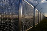 Sicht auf Gefängniszaun