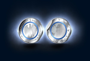 Vorder- und Rückseite der neuen 5 Euro Münze